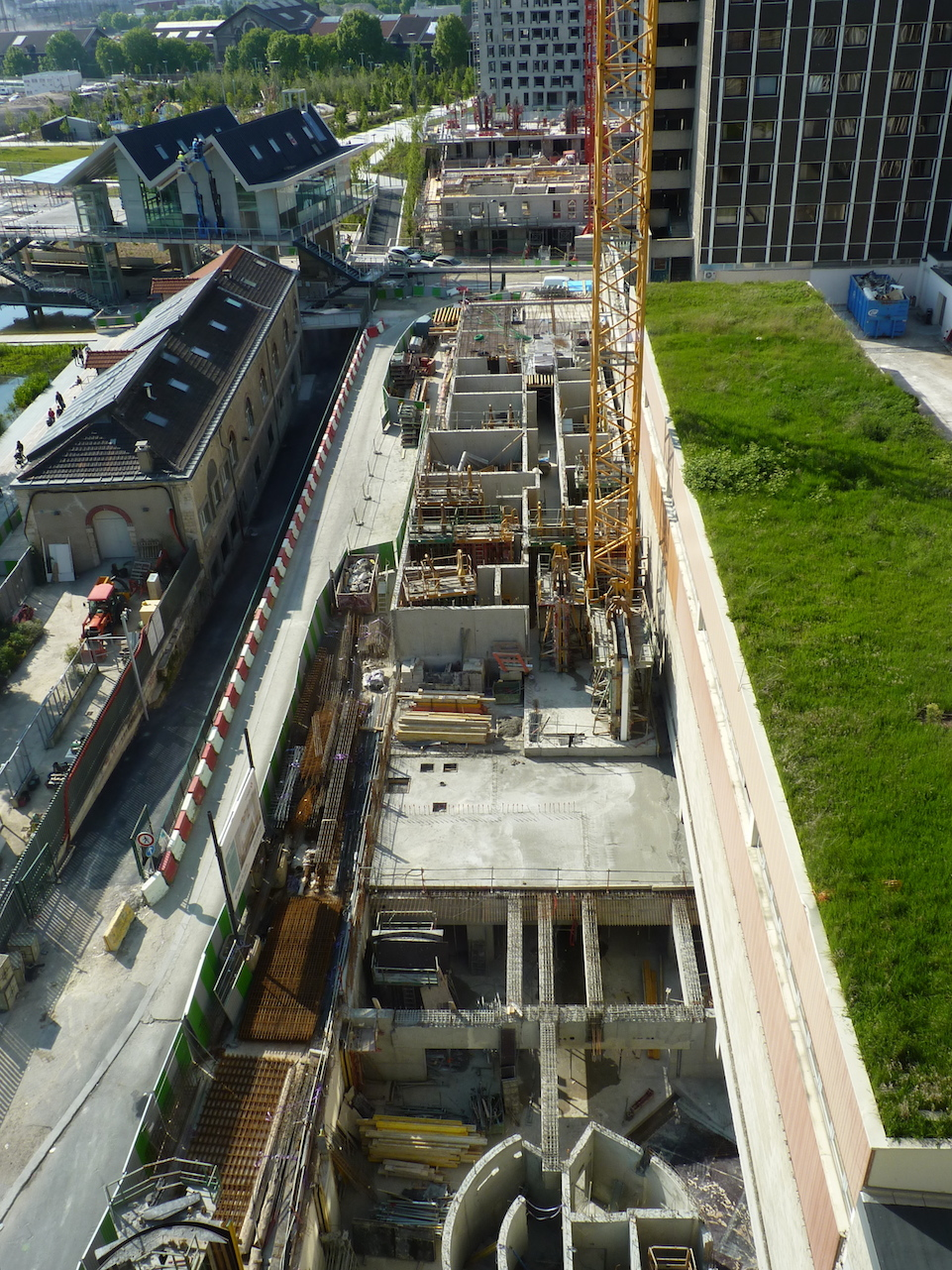 Vue générale, de haut, du chantier de Parc 17