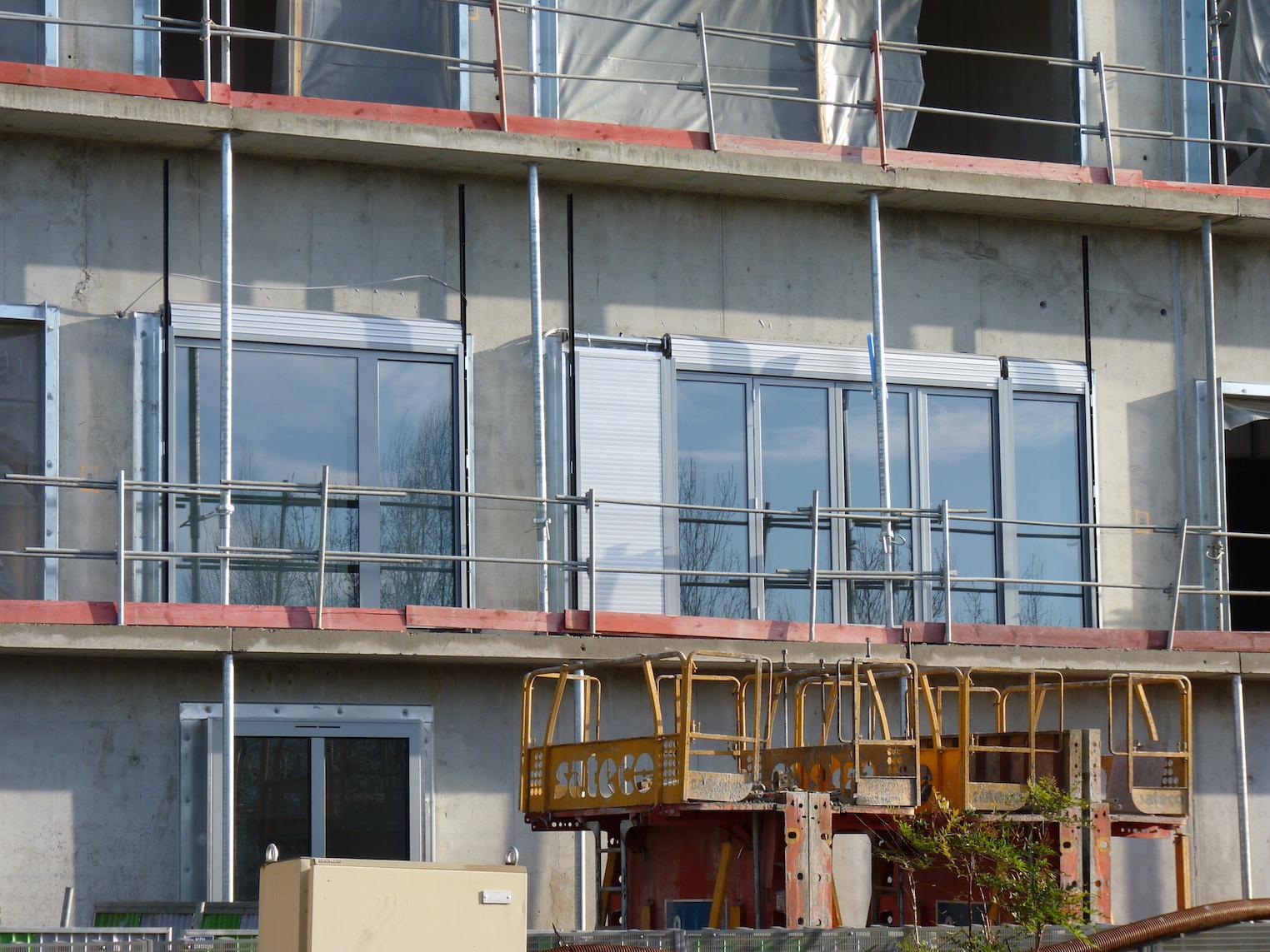 Parc 17, portes-fenêtres du 1er étage de l'appartement témoin
