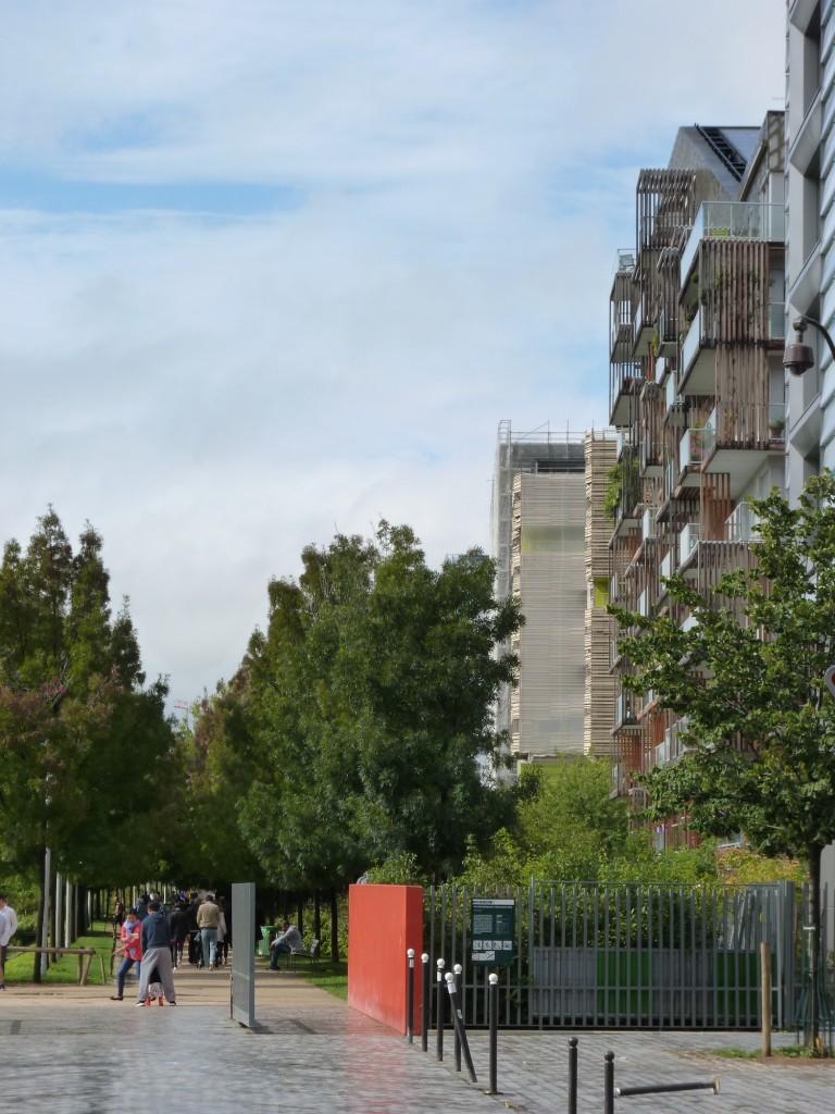 L'entrée du Parc Martin-Luther King avec vue sur Parc 17