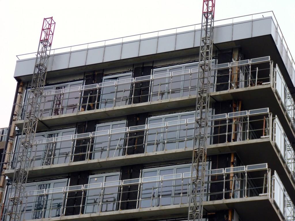 Dernières vitres posées aux 11° étage du bâtiment A