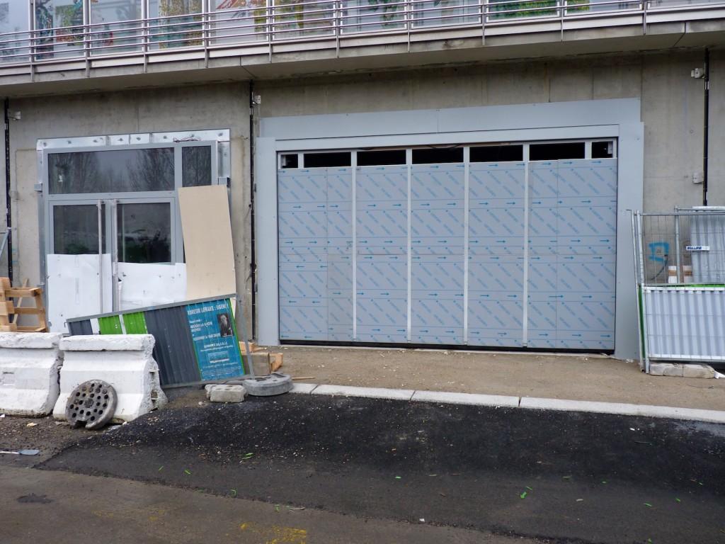 Porte du parking